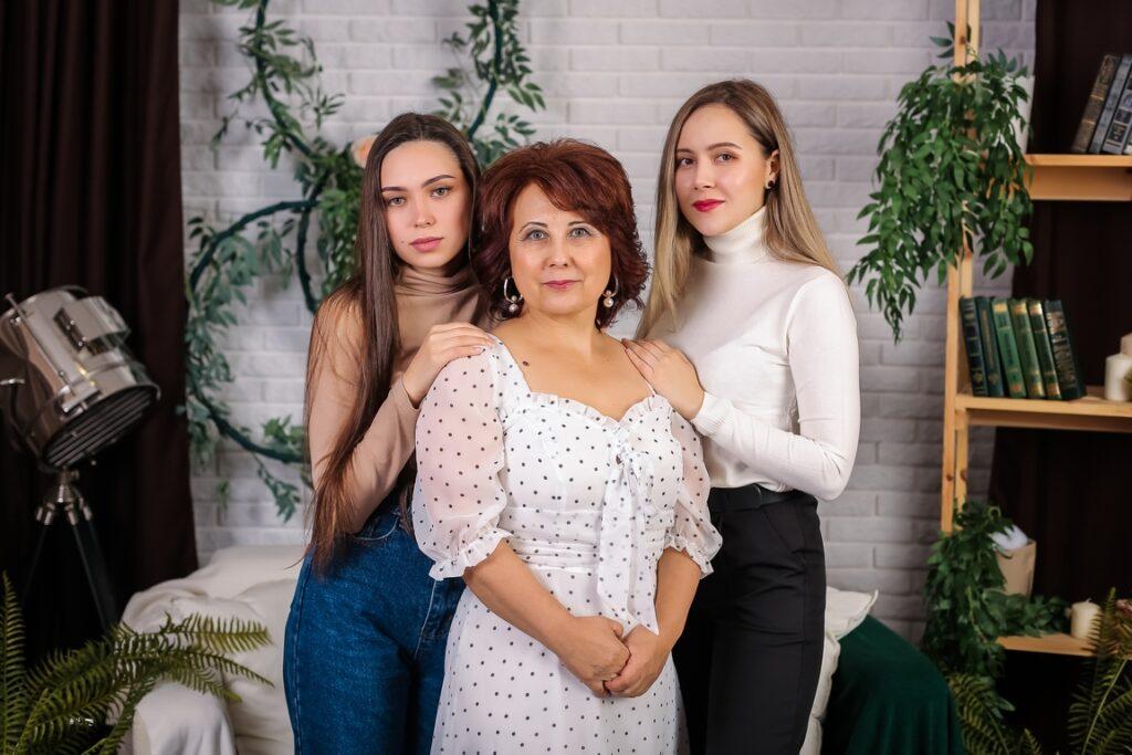 Семейная фотосессия в фотостудии