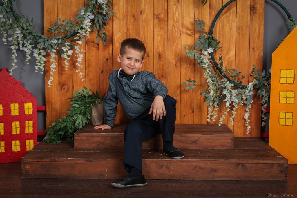 Фотография ребенка в фотозоне